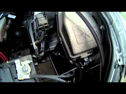 Дребезжание капота на Рено Логан 2