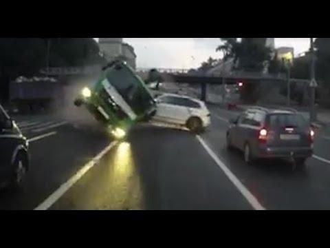 Авария евакуатора в москве